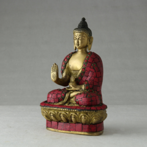 Buddha in bronzo decorato in corallo